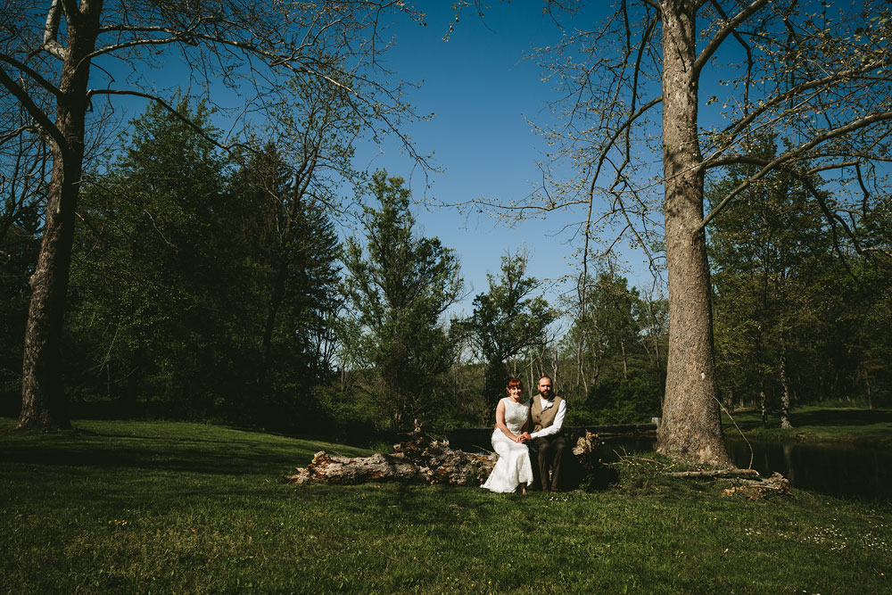 cleveland-wedding-photographer-hines-hill-conference-center-cuyahoga-valley-national-park-barn-vintage-46.jpg