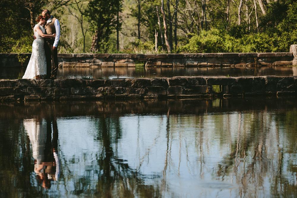 cleveland-wedding-photographer-hines-hill-conference-center-cuyahoga-valley-national-park-barn-vintage-50.jpg