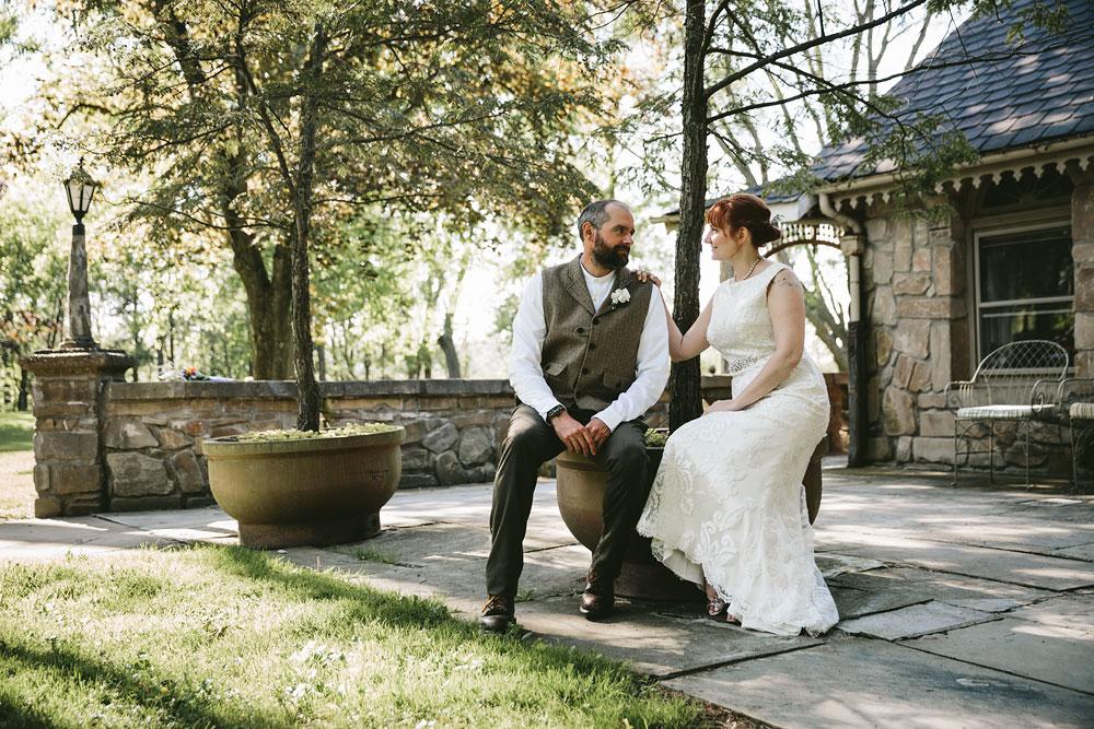 cleveland-wedding-photographer-hines-hill-conference-center-cuyahoga-valley-national-park-barn-vintage-60.jpg