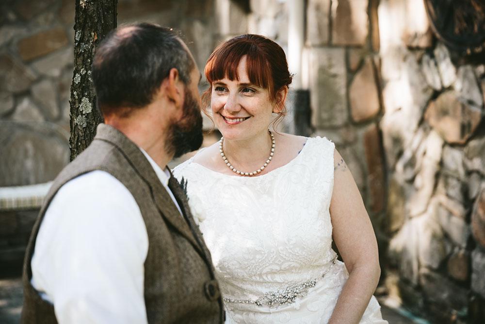 cleveland-wedding-photographer-hines-hill-conference-center-cuyahoga-valley-national-park-barn-vintage-62.jpg