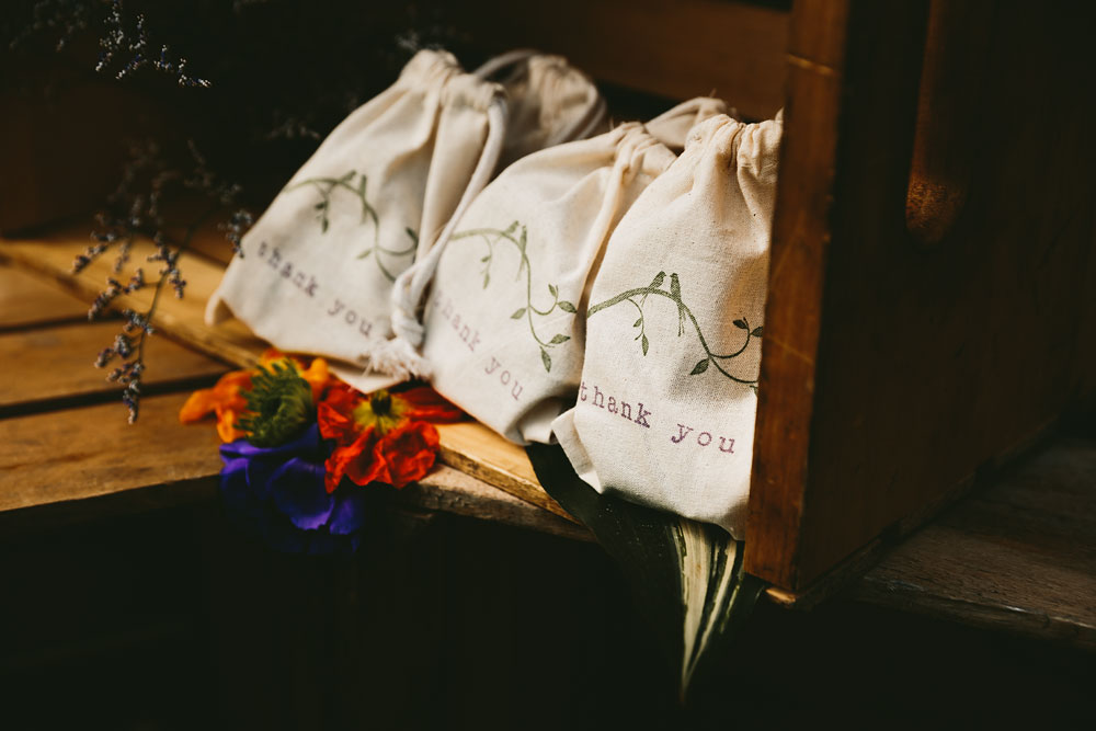 cleveland-wedding-photographer-hines-hill-conference-center-cuyahoga-valley-national-park-barn-vintage-66.jpg