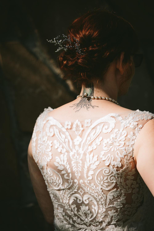 cleveland-wedding-photographer-hines-hill-conference-center-cuyahoga-valley-national-park-barn-vintage-65.jpg