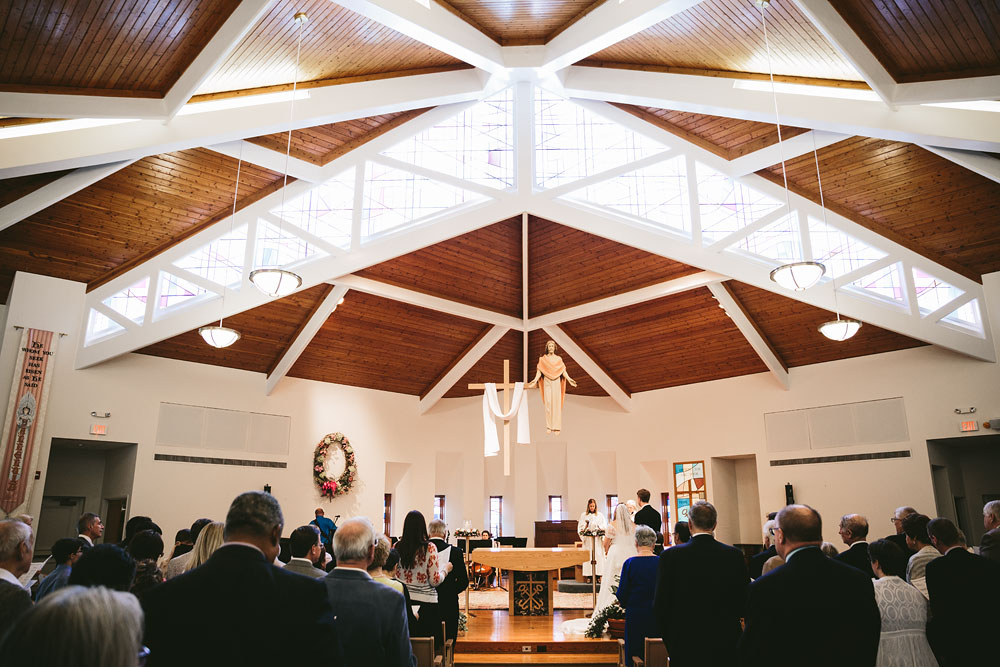 cleveland-wedding-photographers-at-hines-hill-conference-center-cuyahoga-valley-national-park-gilmour-academy-gates-mills-20.jpg