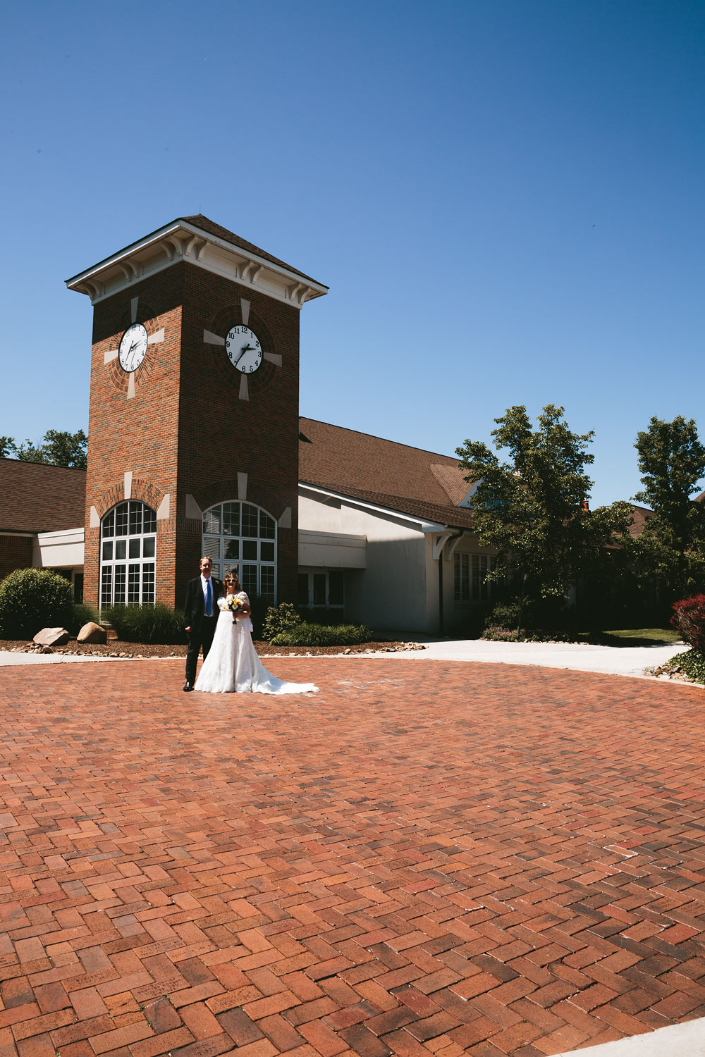 cleveland-wedding-photographers-at-hines-hill-conference-center-cuyahoga-valley-national-park-gilmour-academy-gates-mills-25.jpg
