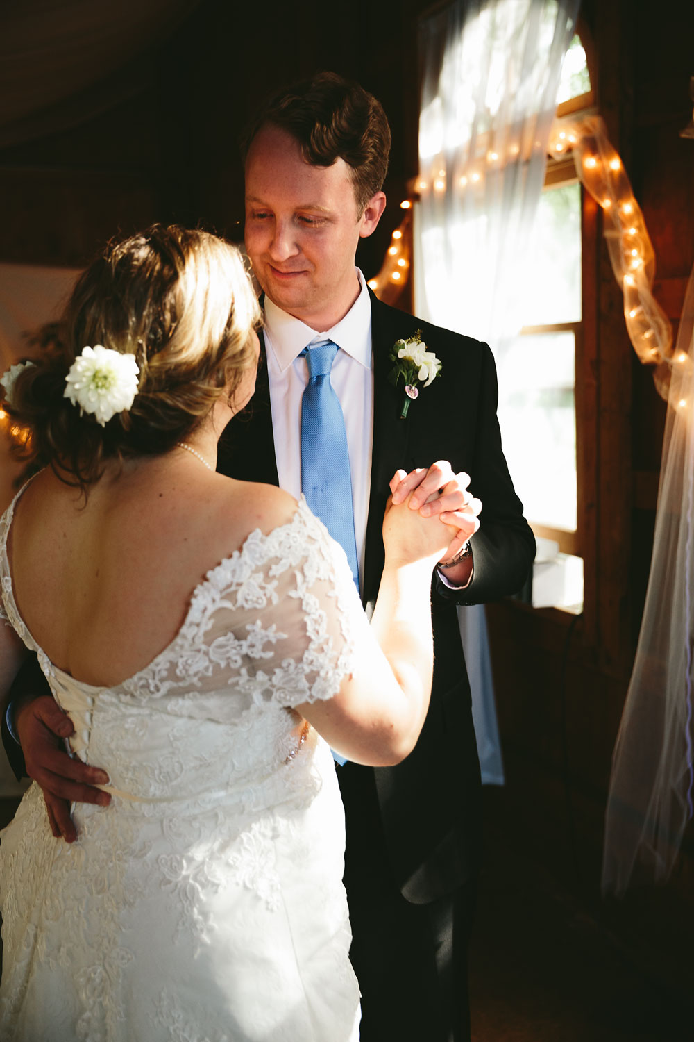 cleveland-wedding-photographers-at-hines-hill-conference-center-cuyahoga-valley-national-park-gilmour-academy-gates-mills-70.jpg