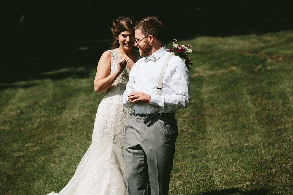 cleveland-wedding-photographer-pattersons-fruit-farm-vintage-outdoor-chesterland-ohio-34.jpg