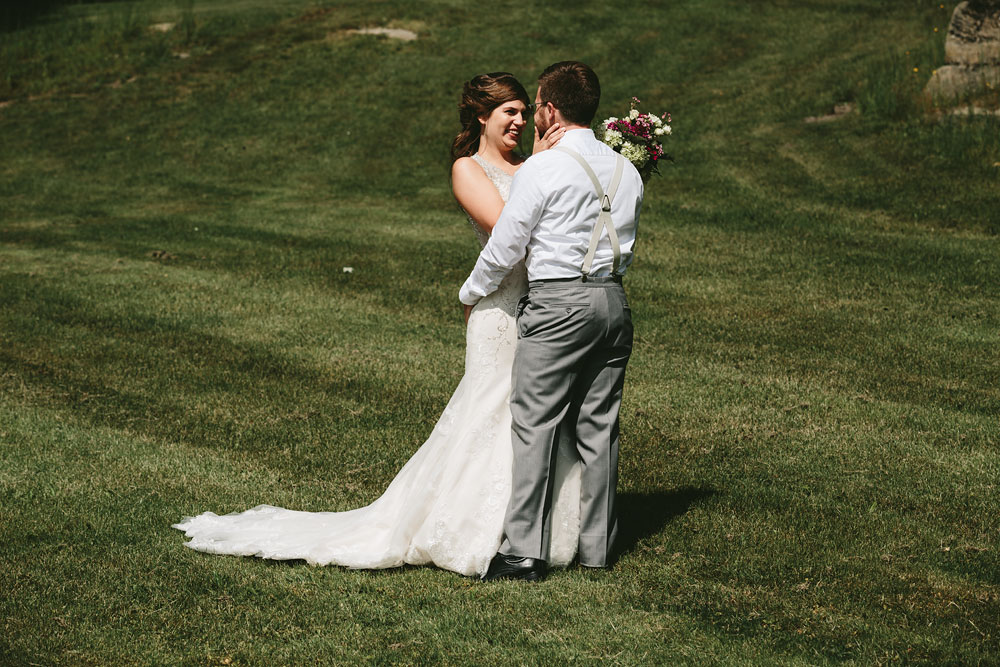 cleveland-wedding-photographer-pattersons-fruit-farm-vintage-outdoor-chesterland-ohio-39.jpg