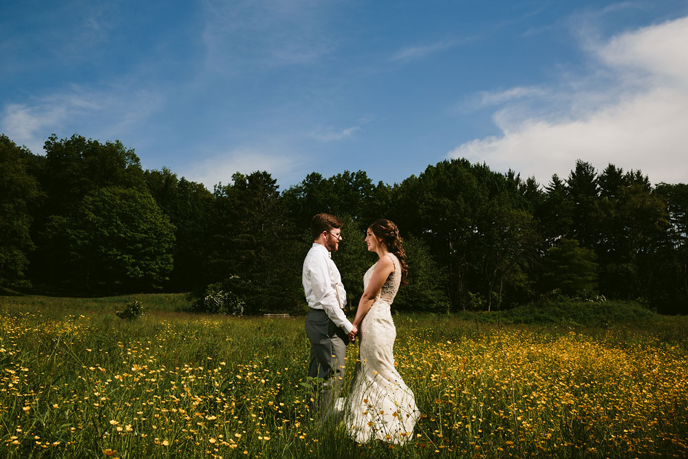 cleveland-wedding-photographer-pattersons-fruit-farm-vintage-outdoor-chesterland-ohio-55.jpg