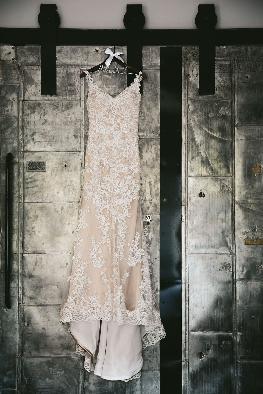 barn-rustic-wedding-photographers-the-meadows-cleveland-wedding-photographers-3.jpg