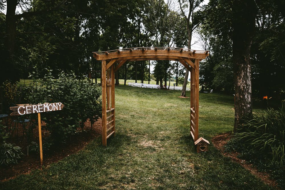 barn-rustic-wedding-photographers-the-meadows-cleveland-wedding-photographers-35.jpg