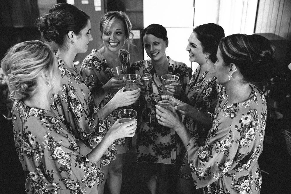 cleveland-wedding-photographers-patterson-fruit-farm-8.jpg