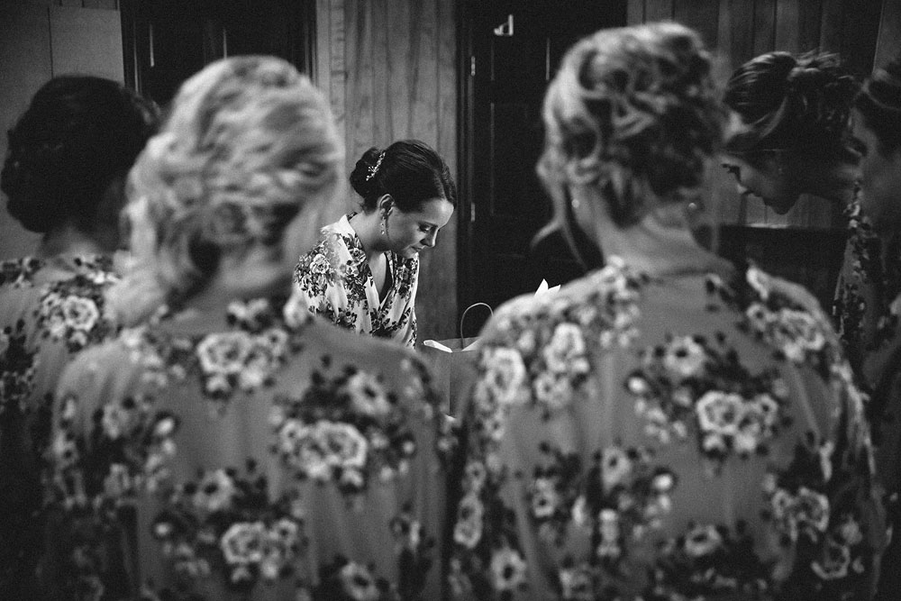 cleveland-wedding-photographers-patterson-fruit-farm-13.jpg
