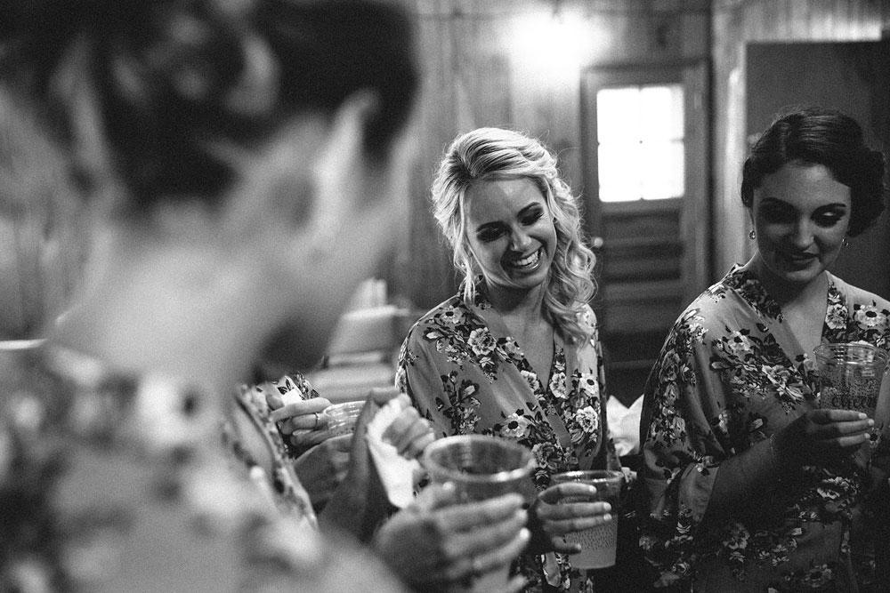 cleveland-wedding-photographers-patterson-fruit-farm-15.jpg