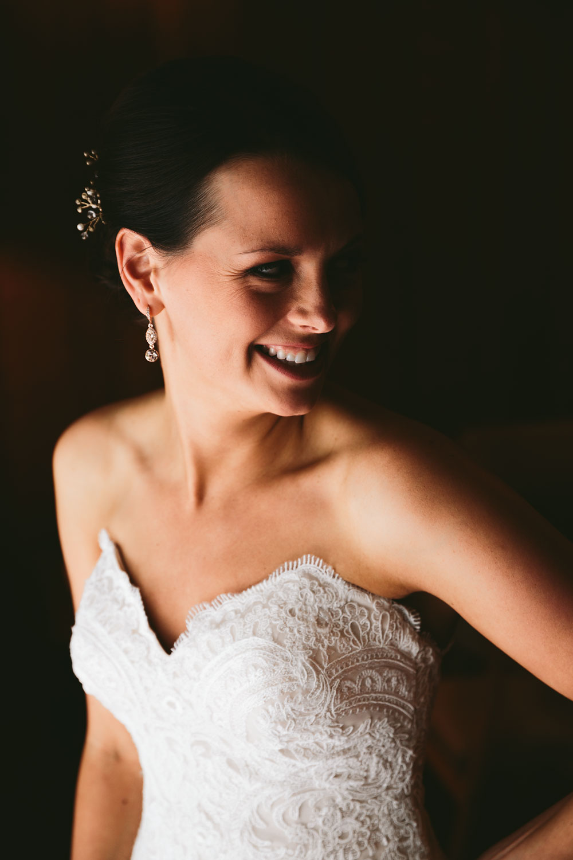 cleveland-wedding-photographers-patterson-fruit-farm-26.jpg