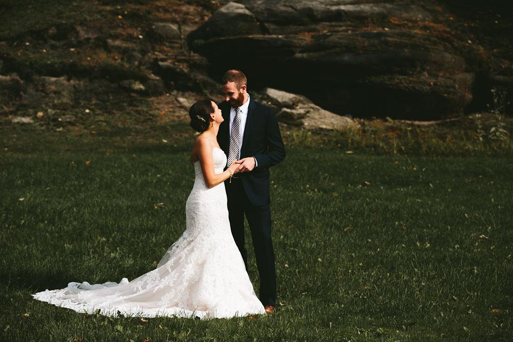 cleveland-wedding-photographers-patterson-fruit-farm-37.jpg