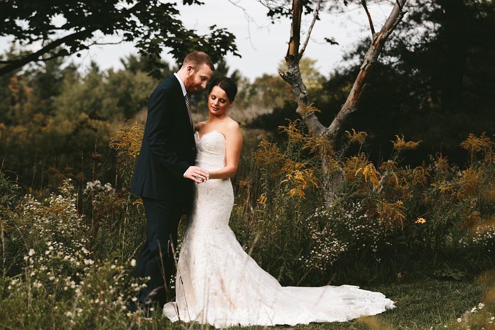 cleveland-wedding-photographers-patterson-fruit-farm-41.jpg