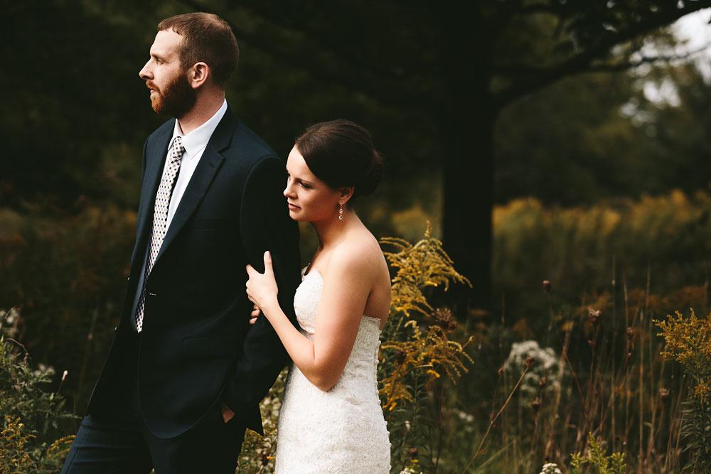 cleveland-wedding-photographers-patterson-fruit-farm-42.jpg