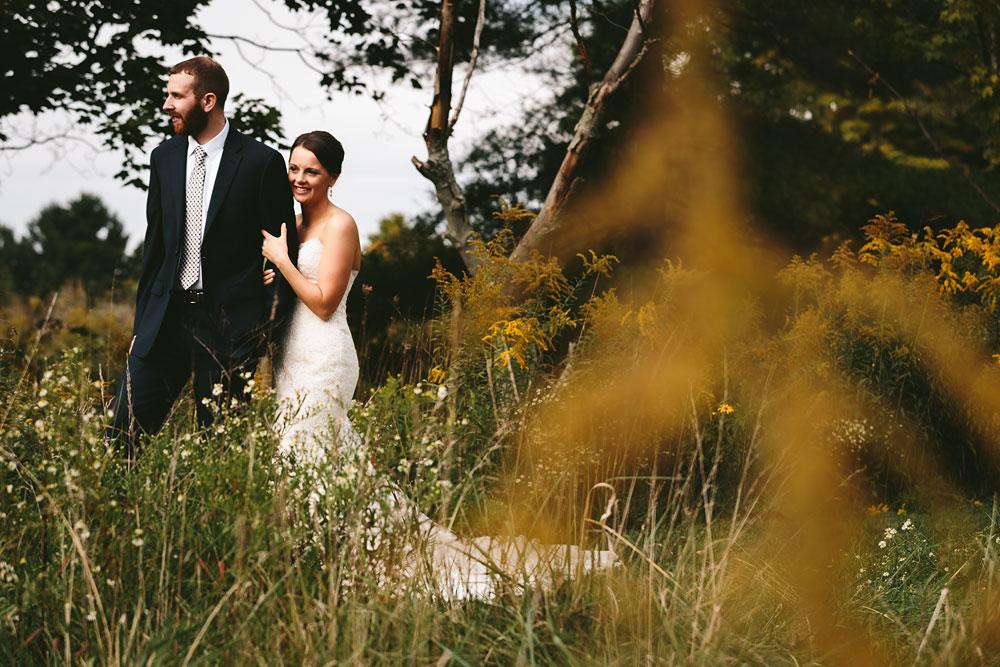 cleveland-wedding-photographers-patterson-fruit-farm-43.jpg