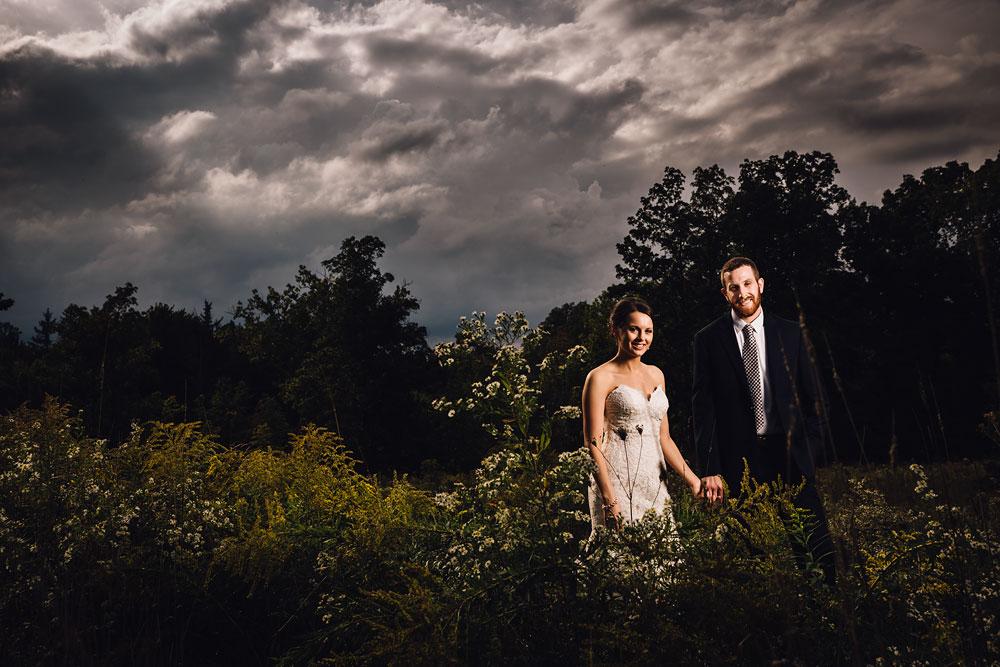 cleveland-wedding-photographers-patterson-fruit-farm-44.jpg