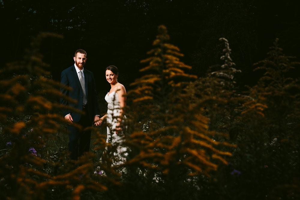 cleveland-wedding-photographers-patterson-fruit-farm-47.jpg
