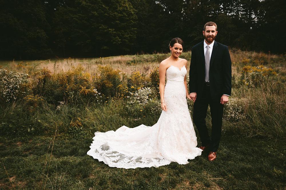 cleveland-wedding-photographers-patterson-fruit-farm-46.jpg