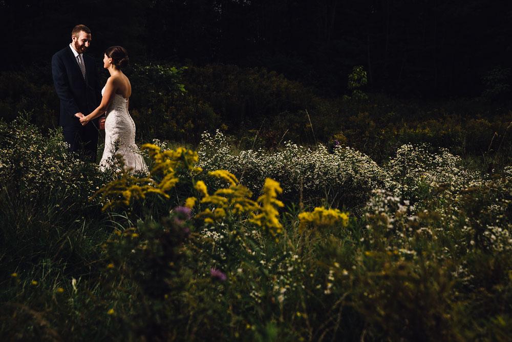 cleveland-wedding-photographers-patterson-fruit-farm-48.jpg
