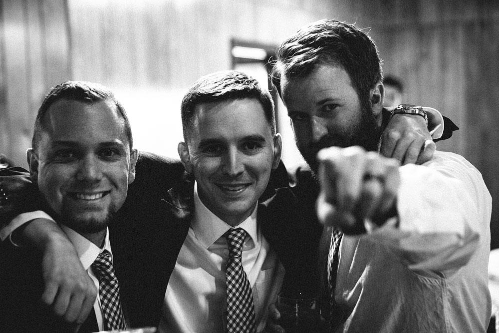 cleveland-wedding-photographers-patterson-fruit-farm-53.jpg