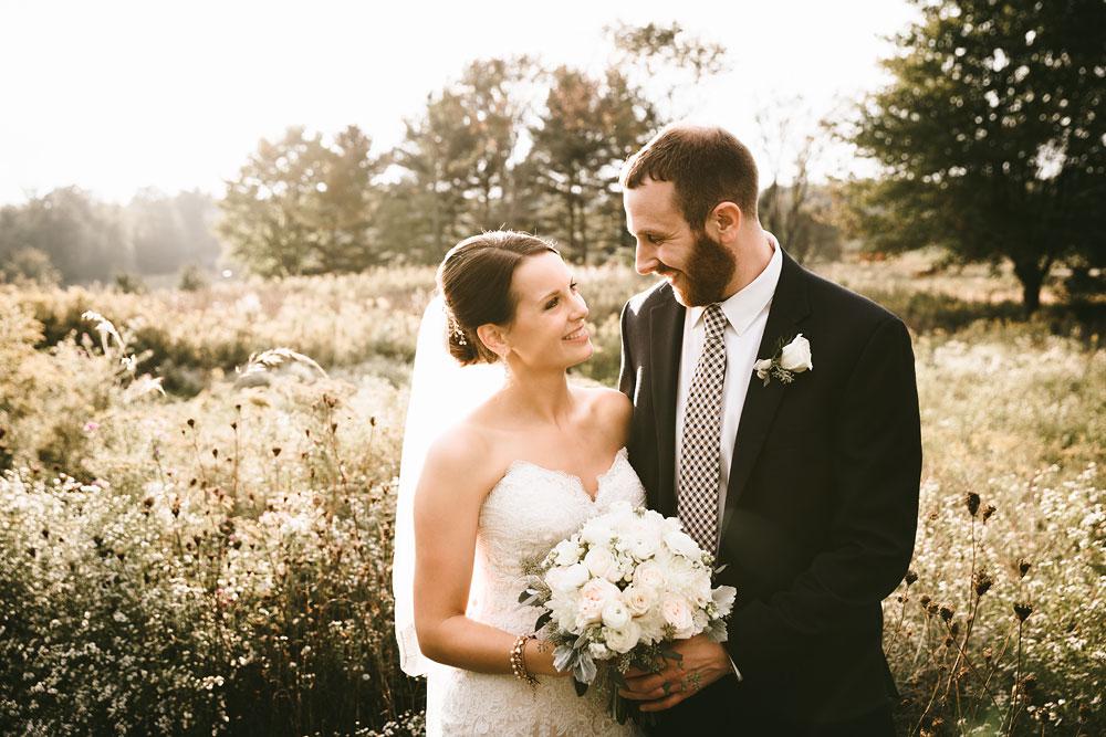 cleveland-wedding-photographers-patterson-fruit-farm-70.jpg