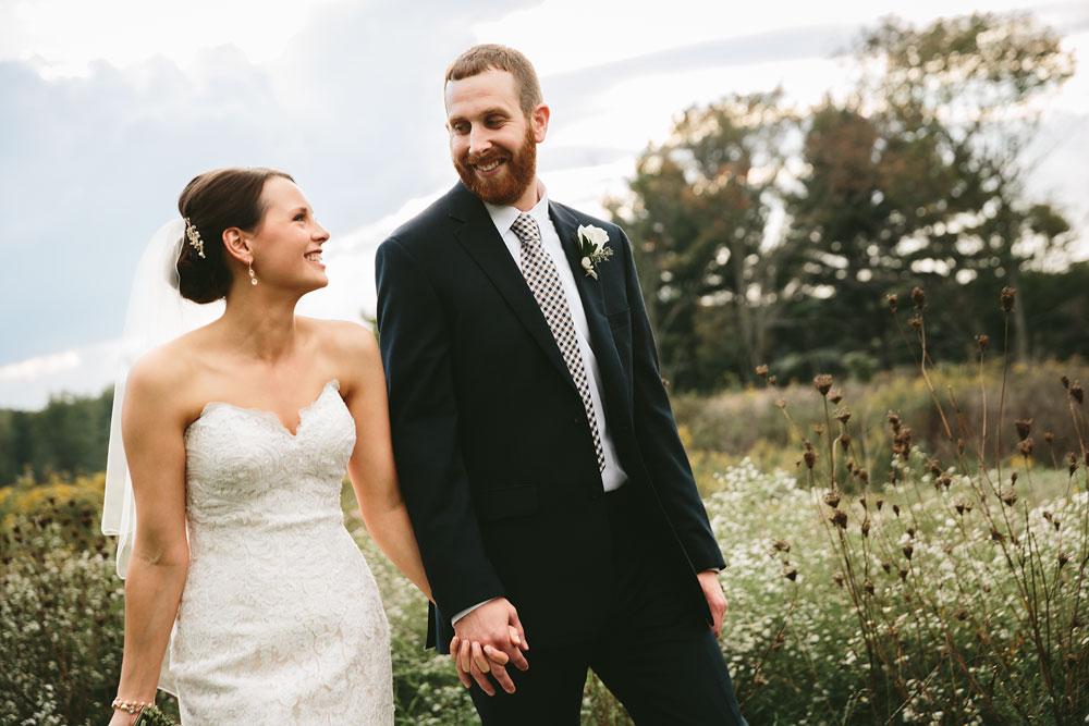 cleveland-wedding-photographers-patterson-fruit-farm-73.jpg