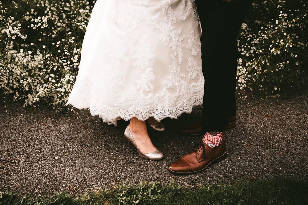 cleveland-wedding-photographers-patterson-fruit-farm-72.jpg