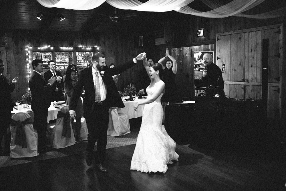 cleveland-wedding-photographers-patterson-fruit-farm-76.jpg