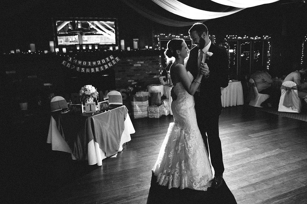 cleveland-wedding-photographers-patterson-fruit-farm-81.jpg