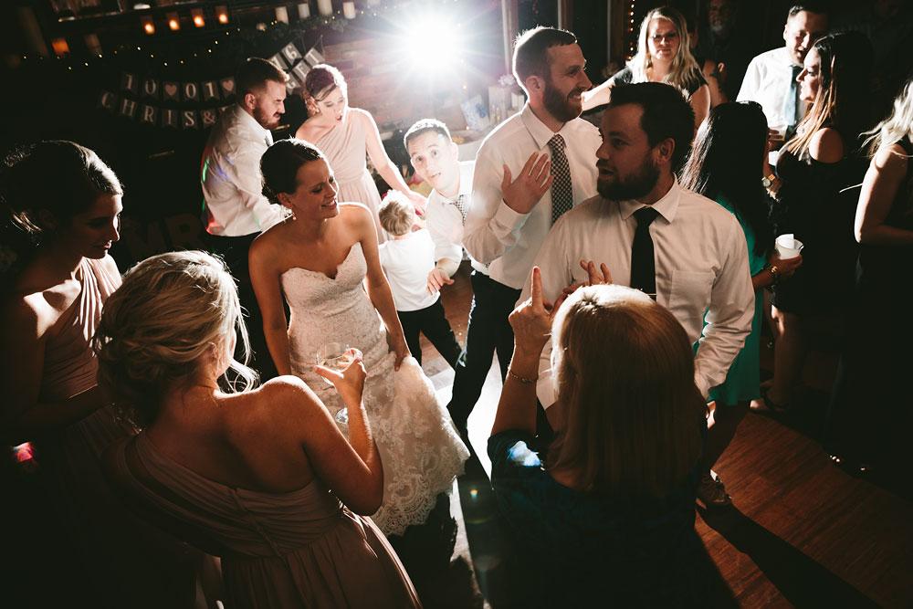 cleveland-wedding-photographers-patterson-fruit-farm-85.jpg