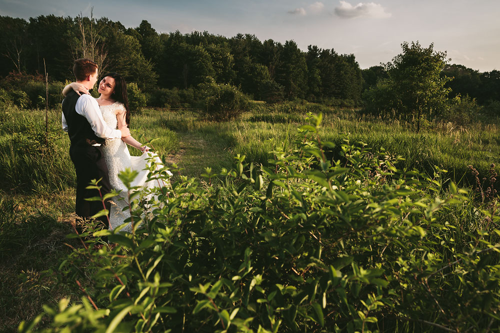 modern-cleveland-wedding-photographers-photojournalistic-34.jpg