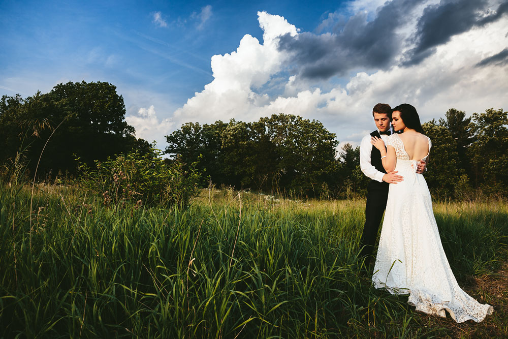 modern-cleveland-wedding-photographers-photojournalistic-36.jpg
