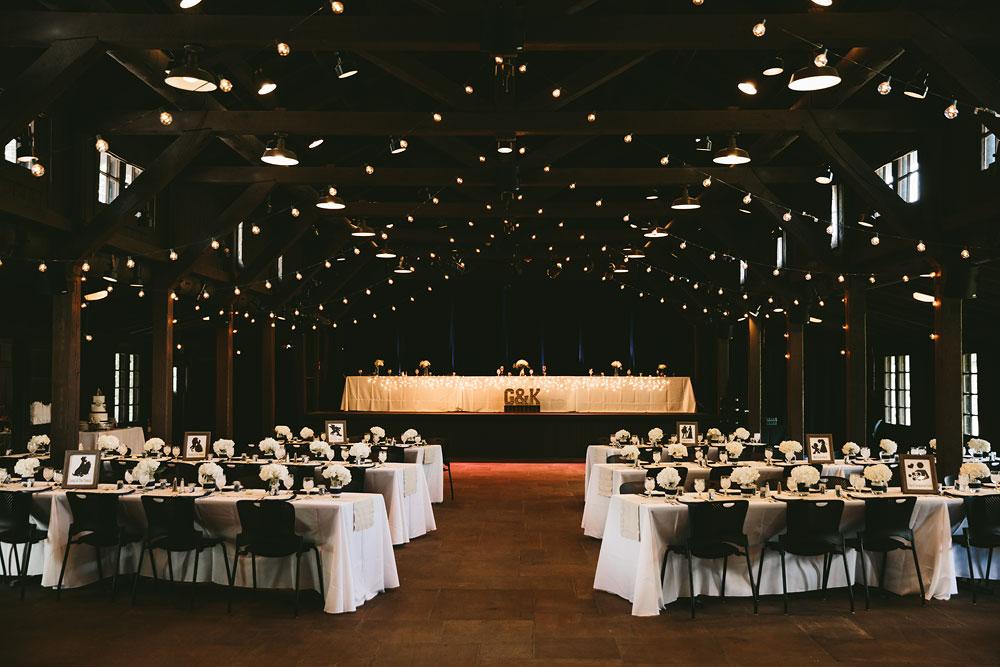 cleveland-wedding-photographers-cuyahoga-valley-national-park-happy-days-lodge-16.jpg