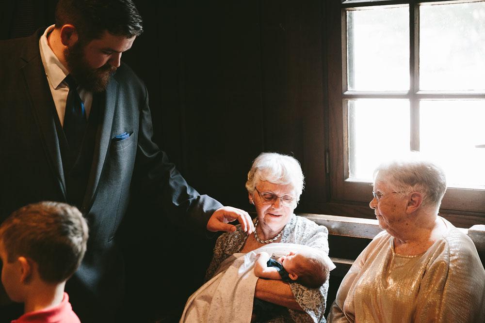 cleveland-wedding-photographers-cuyahoga-valley-national-park-happy-days-lodge-20.jpg
