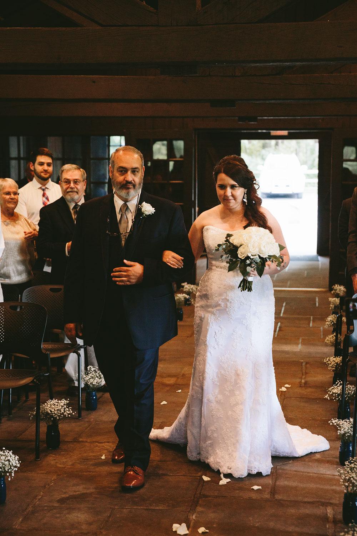 cleveland-wedding-photographers-cuyahoga-valley-national-park-happy-days-lodge-29.jpg