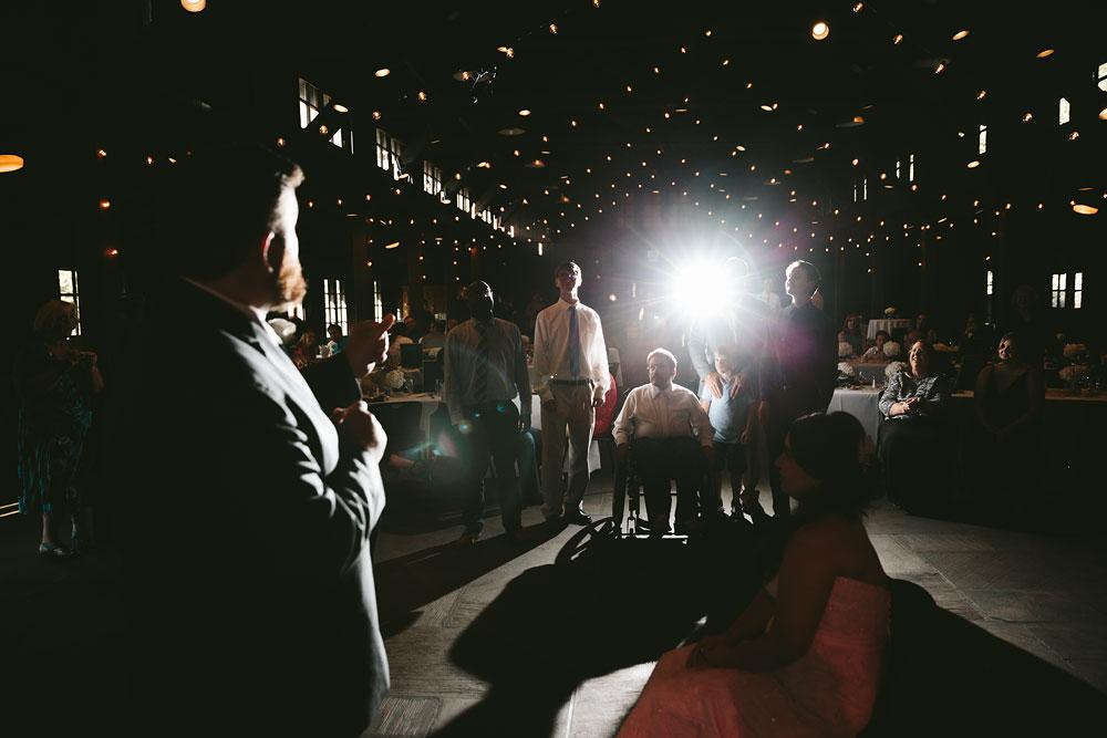 cleveland-wedding-photographers-cuyahoga-valley-national-park-happy-days-lodge-54.jpg