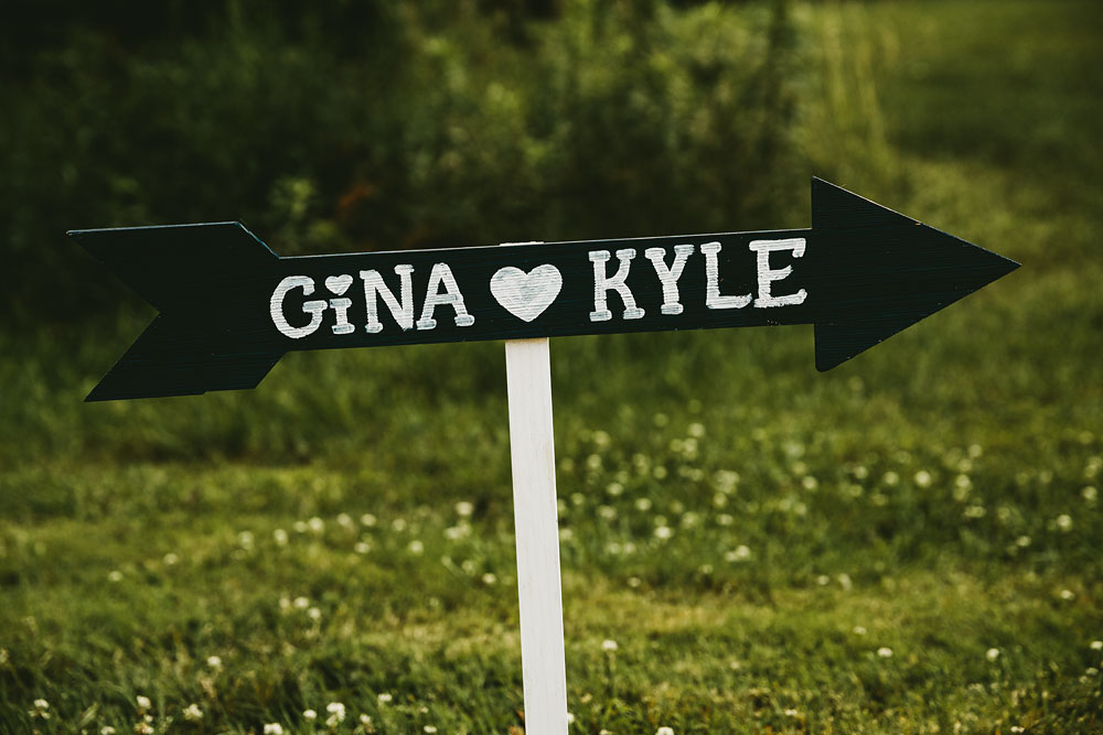 cleveland-wedding-photographers-cuyahoga-valley-national-park-happy-days-lodge-65.jpg