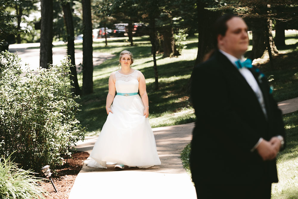 cleveland-wedding-photographers-landolls-mohican-castle-loudonville-ohio-columbus-28.jpg