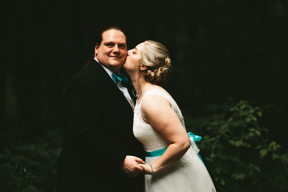 cleveland-wedding-photographers-landolls-mohican-castle-loudonville-ohio-columbus-47.jpg