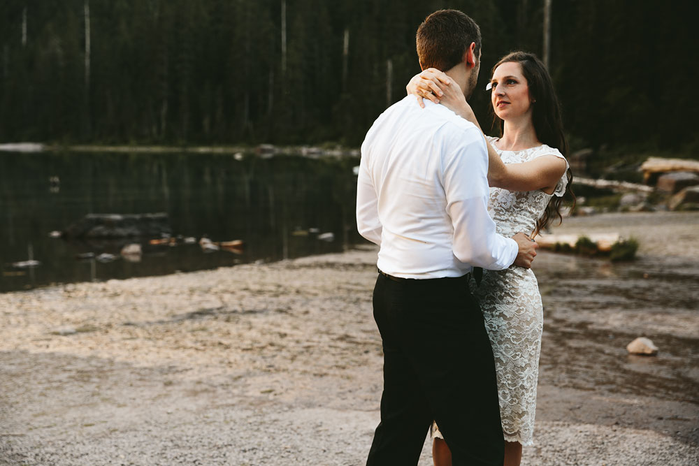 destination-mountain-wedding-photographers-glacier-national-park-29.jpg