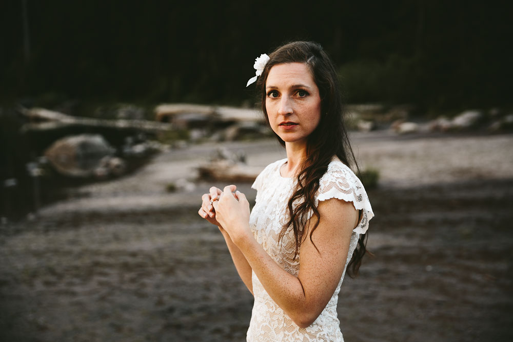 destination-mountain-wedding-photographers-glacier-national-park-31.jpg