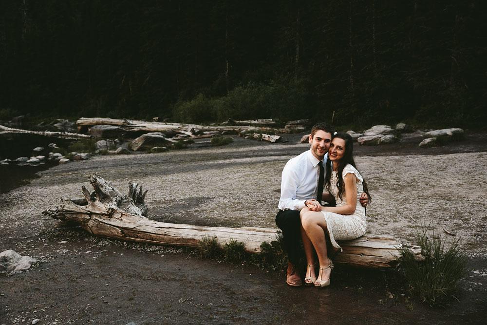 destination-mountain-wedding-photographers-glacier-national-park-36.jpg