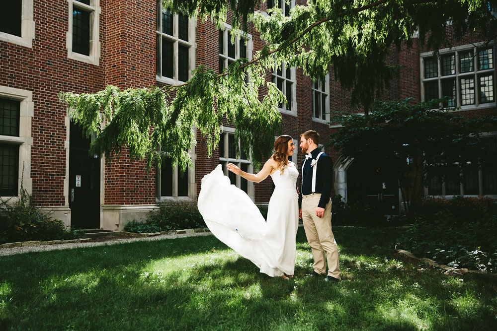 cleveland-wedding-photographers-university-of-toledo-ohio-110.jpg