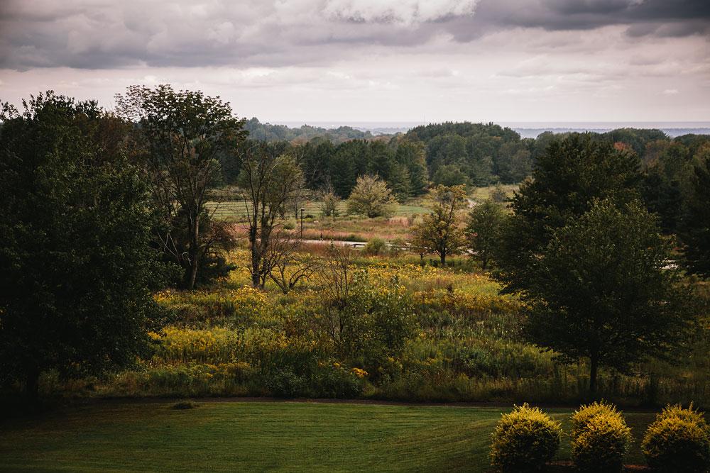 cleveland-wedding-photographers-rustic-outdoor-vintage-farm-5.jpg