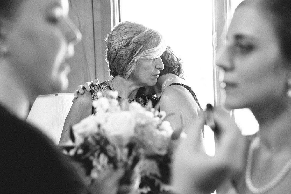 cleveland-wedding-photographers-rustic-outdoor-vintage-farm-58.jpg