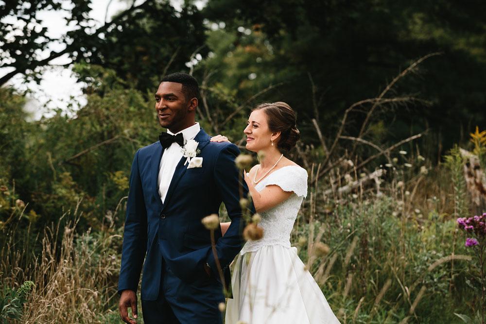 cleveland-wedding-photographers-rustic-outdoor-vintage-farm-61.jpg
