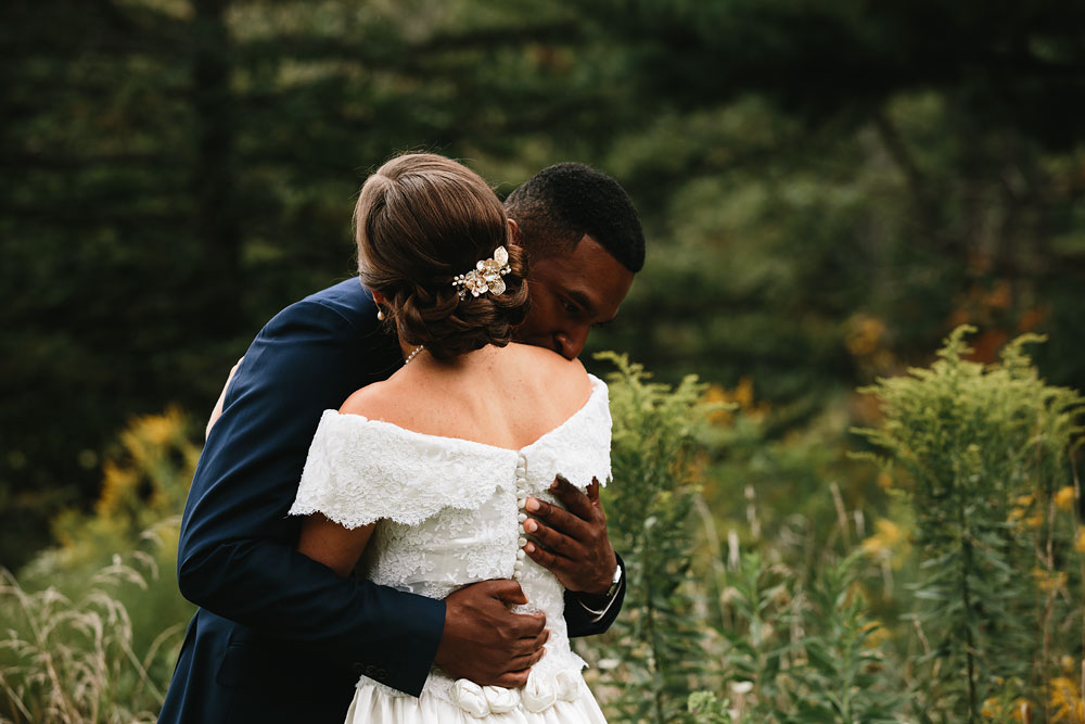 cleveland-wedding-photographers-rustic-outdoor-vintage-farm-64.jpg